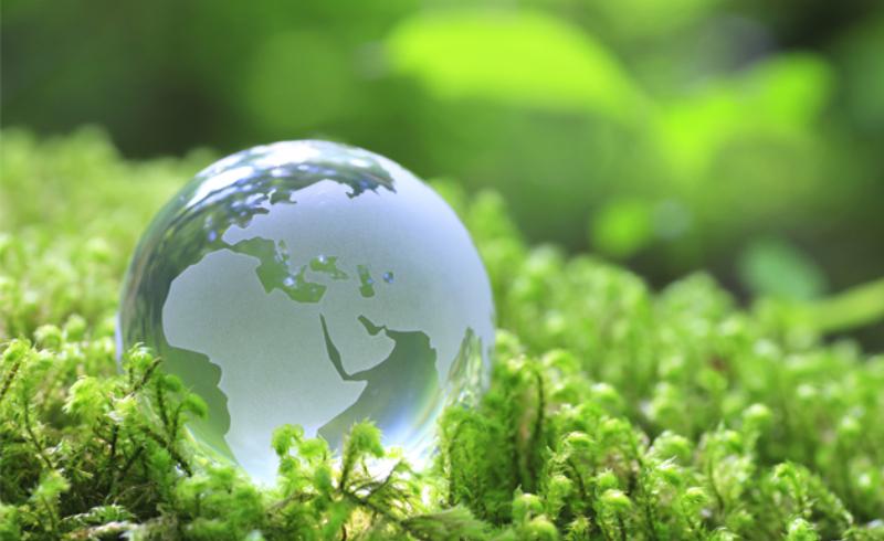 symbole d'une planète et civilisation écologique tournée sur les énergie renouvelables
