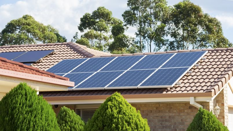 maison équipée de panneaux solaires à La Palmyre